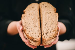 Brotfee Sauerteigbrot - Sauerteigbrote selber backen   BROTFEE