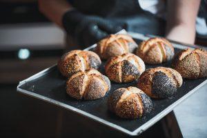 Brotfee Saatenblüten - Brötchen Backen Rezept | BROTFEE