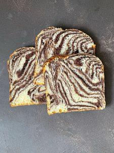 Süßer Zebra Toast - Toast selber backen   BROTFEE